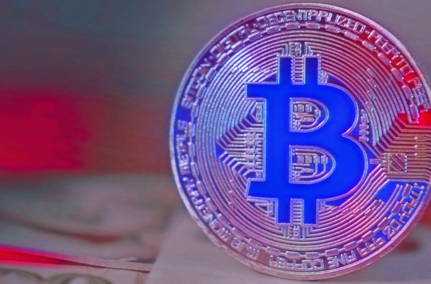 """Wall Street fund manager that called for $400,000 Bitcoin tells followers to """"take money off the table"""""""