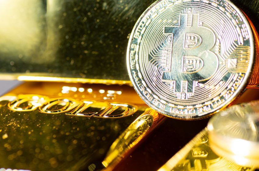 """Bitcoin Is Replacing Gold At An """"Accelerating Pace"""""""