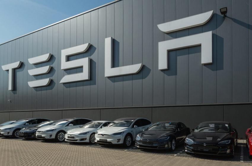 Bitcoin Postpones Bearish Correction as Tesla Adds BTC Payment Option