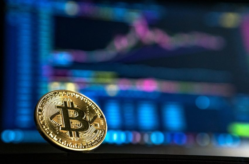 Is Grayscale Bitcoin Trust's Demise Inevitable? GBTC Premium Negative for a Consecutive Month