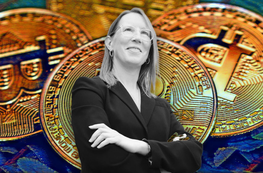 """""""You'd have to shut down the Internet"""" to ban Bitcoin, says SEC's Hester Peirce"""